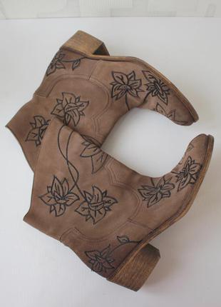 Распродажа!!! шикарные замшевые ботинки в ковбойском стиле alb...