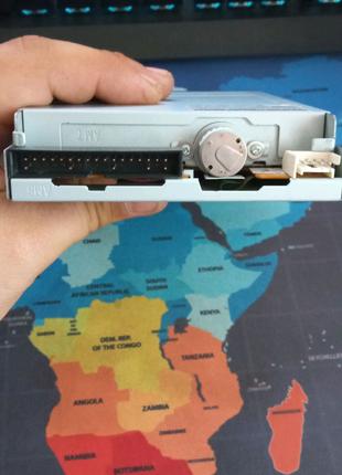 Samsung SFD-321B/LFBL1 флоппи-дисковод