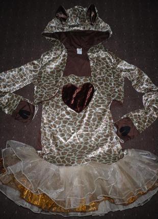Женский новогодний костюм размер м, идёт на 46-48