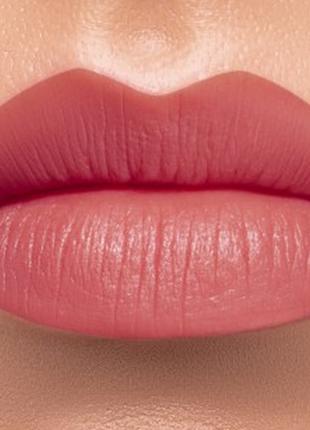Матовая губная помада тон пастельный розовый