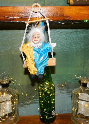 Декор клоун на качели №1