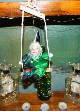 Декор клоун на качели №3