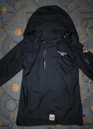 Фирменная куртка-ветровка фирменная cool girl 7-8 лет