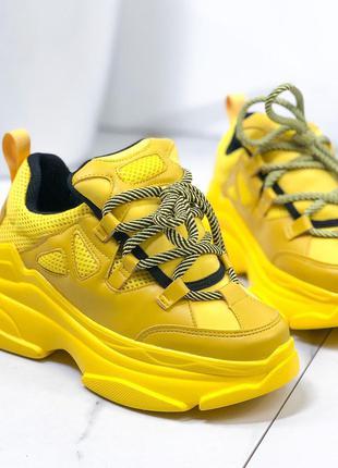 Женские кроссовки желтые LUX