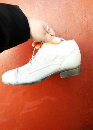 Ботинки 40 розмір