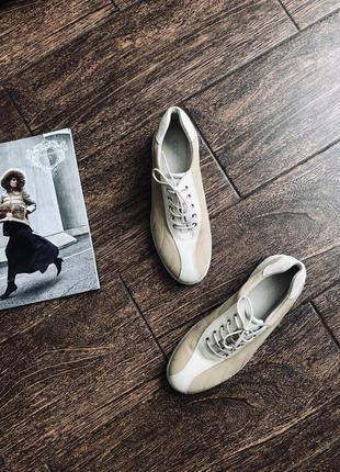 Очень красивые кожаные ботиночки на шнуровке с подошвой shock ...