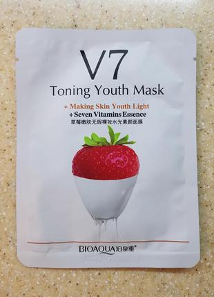 Тканевая маска bioaqua v7 toning youth mask,клубника.