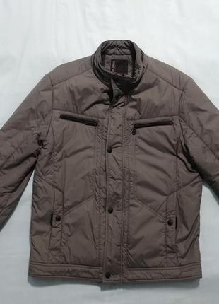 Куртка серого цвета