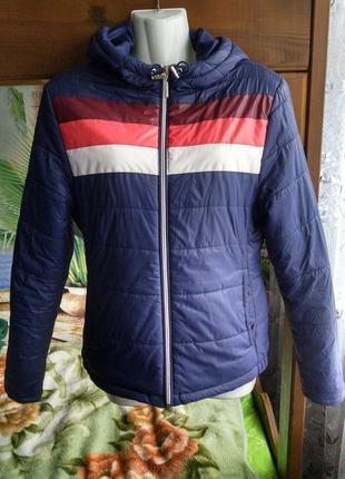 Демисезонная женская куртка 44-46р.