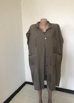 Рубашка без рукавов плиссе