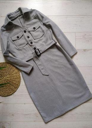 Актуальное теплое платье с поясом р. 10
