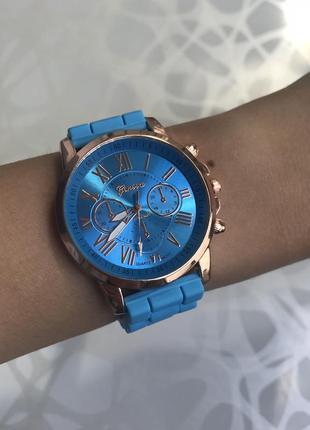 Силиконовые женские наручные голубые часы geneva женева летние