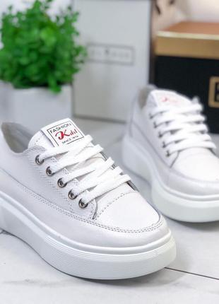 Белые кожаные кроссовки /кеды на платформе,белые кеды/кроссовк...