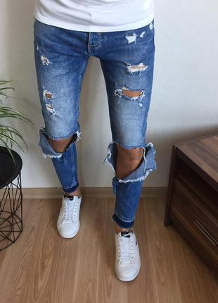Стильные зауженные мужские джинсы zara
