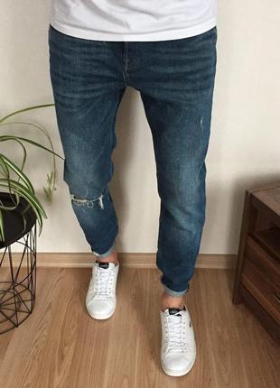 Мужские стильные зауженные джинсы zara