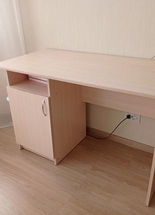 Продам стол письменный прямой 1200х600хh750