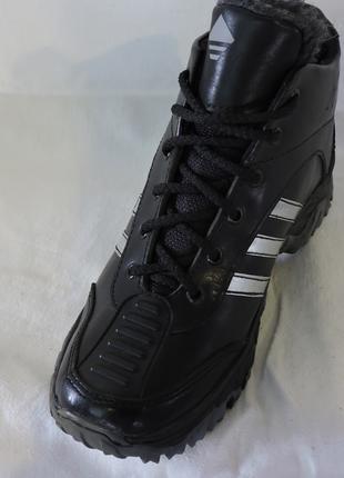 Зимние кроссовки подростковые Кожа 100% остались 36 размер