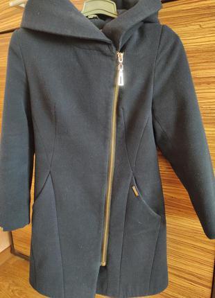 Пальто женское, размер 44