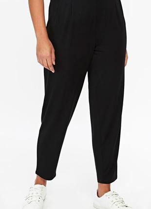 Летние зауженные брюки f&f размер 18