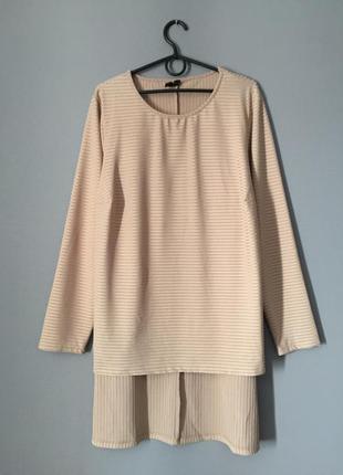 Асимметричная блузка в рубчик 20--56-58 размер.