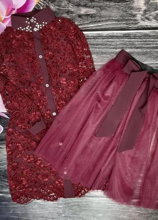 Ажурное платье с фатиновой юбкой