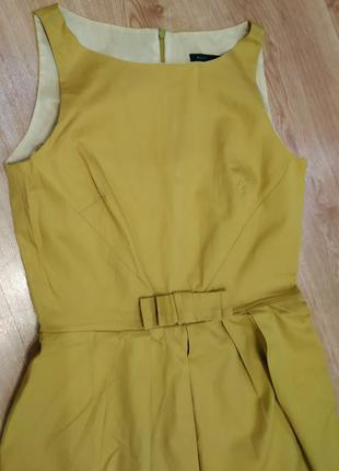 Классическое горчичное платье next
