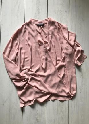 Пудровая шифоновая блуза на запах
