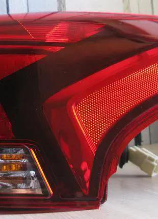 Mitsubishi Outlander Фонарь задний 8330B174