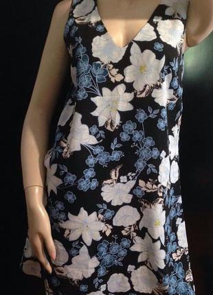 Красивое платье в цветы atmosphere