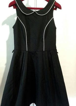Стильное новое платье с воротничком от debenhams