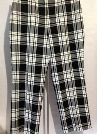 Стильные модные лёгкие брюки прямого кроя