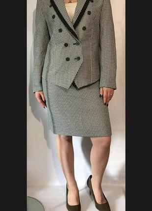 Стильный деловой костюм пиджак+юбка