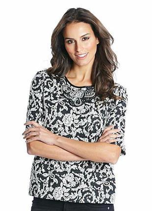 Красивая нарядная блузка,кофточка