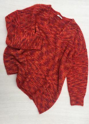 Тёплый ассиметричный свитер tu