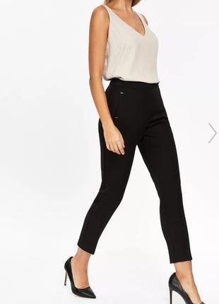 Демисезонные зауженные укороченные брюки wallis размер 12