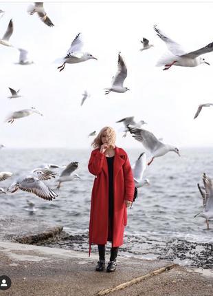 Шерстяное пальто-халат на запах красное осеннее тёплое прямое ...