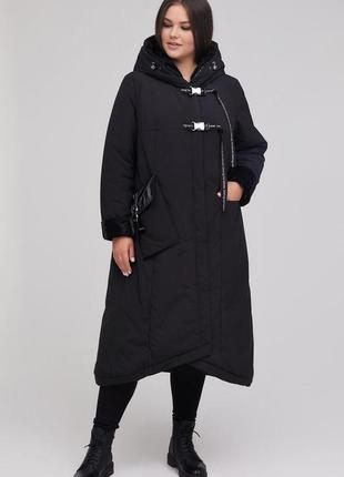 Пальто больших размеров черное