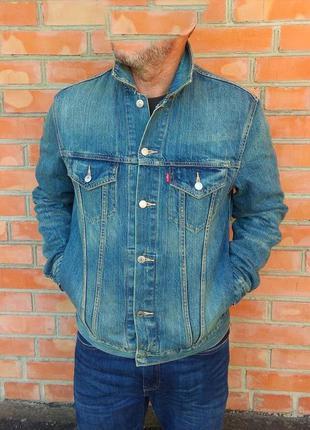 Levi's джинсовая куртка джинсовка оригинал (l)