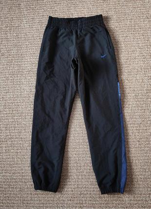 Nike спортивные штаны оригинал (s)