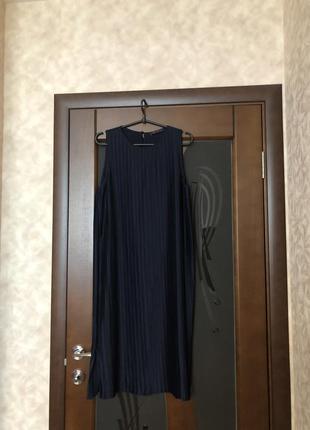 Красивейшее платье-плиссе бренда m&s синее с блеском. новое. р...