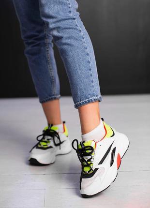 Шикарные белые кроссовки (кожа)