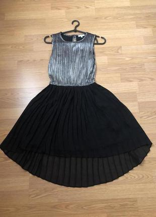Актуальное серебристое платье мини от бренда bluezoo. новое. р...