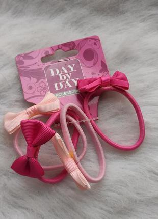 Набор розовых тонких резинок разных цветов бантики с бантом ро...