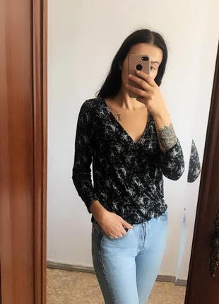 Красивая блуза с имитацией запаха h&m