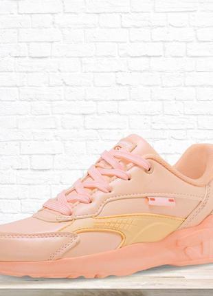 Женские кроссовки розовые. 36 размер.