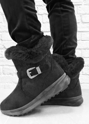 Зимние женские ботинки fury. черные.