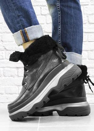 Зимние кожаные ботинки с отворотом. черные. 24 см
