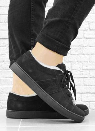 Зимние замшевые ботинки fur. черные.
