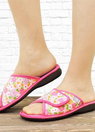 Домашние текстильные тапочки velcro. розовые.