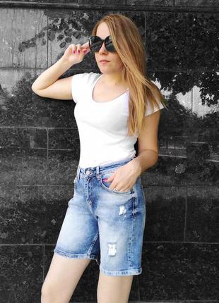 Женские джинсовые шорты. голубые.